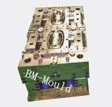 Molde de inyección de plástico para piezas electrónicas