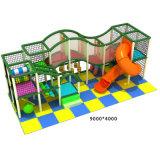 2020人の就学前の子供の最もよい屋内運動場の赤ん坊の遊び場