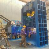Máquina de estaca metálica hidráulica automática da placa