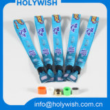 Preiswerter kundenspezifischer Wegwerfwärmeübertragung Eco freundlicher Wristband