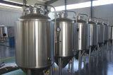 Sur le noir le secteur du houblon, de la Brasserie l'entreprise, Craft Beer équipement/brasserie artisanale