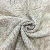 Comprobación de tejido de lana tejido en listo