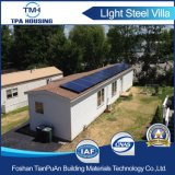 Chambre préfabriquée élevée de Proformance avec les panneaux solaires sur le toit