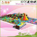 Campo de jogos interno macio das crianças, campo de jogos interno de Mcdonalds para a venda