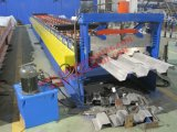 Decking del suelo que forma la máquina