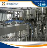 Petite usine de remplissage de bouteilles de la capacité de l'eau