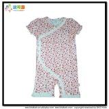短い袖の赤ん坊の服装の縞の印刷の赤ん坊の摩耗の衣類