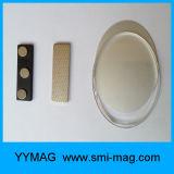 Insigne nommé réutilisable en plastique promotionnel avec le dos magnétique