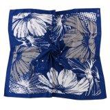 Seda natural o de poliéster hecho personalizado impreso con motivos florales bufanda Marina flores blancas (LS-32)