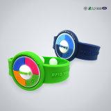 Étiquette imperméable à l'eau colorée de bracelets d'IDENTIFICATION RF de silicones