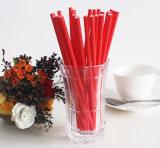 Paja de beber de papel color llano sólido rojo del color del último