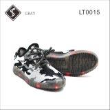 Il nuovo stile scherza i pattini della scarpa da tennis del LED