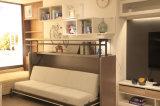 Преобразовывая кровать софы с столом сочинительства