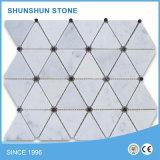 Mattonelle di mosaico di marmo bianche di Carrara per il pavimento e parete interna, stanza da bagno ed acquazzone