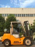 ガスLPGのフォークリフト3トンのガソリンフォークリフト