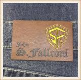 Etiquetas de couro do vestuário de Brown do Tag da correção de programa do plutônio das calças de brim feitas sob encomenda da etiqueta do couro gravado