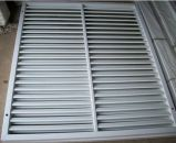 Aire acondicionado ventana aluminio rejilla para la zona residencial