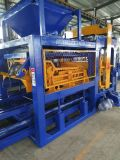Blocco vuoto concreto idraulico completamente automatico Qt10-15 che fa alta qualità della macchina