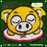 Het kleurrijke Tapijt van het Gras van de Regenboog Kunstmatige Valse voor de Kinderen van de Kleuterschool