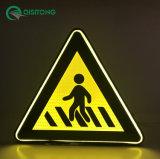 Nuovo segno di traffico stradale chiaro riflettente splendente di luce propria alimentato di stendimento planare LED di sicurezza avvertimento solare