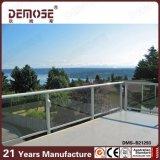 Het witte Traliewerk van het Glas van de Veranda van de Leuning van de Buis van het Roestvrij staal (dms-B21293)