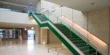 El interior o exterior de acero inoxidable barandilla de vidrio y aluminio Baranda escalera canal