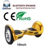 Hoverboard con el diente y los altavoces azules