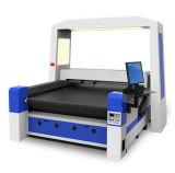 Appareil-photo plaçant la machine de découpage de laser d'alimentation automatique pour le tissu