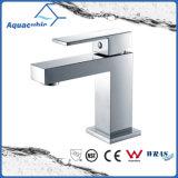 Robinet d'évier de salle de bains en laiton en céramique Cupc (AF6028-6)