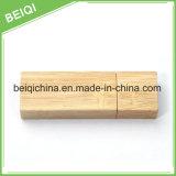 나무로 되는 디자인에 승진 선물 공장 공급 USB 지키