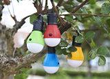 2018Venta caliente de forma de bombilla de luz 3LED multicolor de Linterna de camping con batería