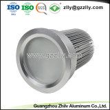 Kundenspezifischer Aluminiumstrangpresßling-Kühlkörper für LED-Lampe