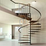 Scala a spirale commerciale di legno solido per dell'interno