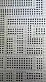 Tamaño del orificio de diferentes paneles de aluminio perforado solo