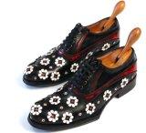 中国の卸し売り子牛の革カスタム人の服のBrogueの靴