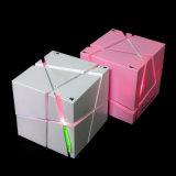Haut-parleur sans fil magique de Bluetooth de cube en Rubik avec la radio d'éclairage LED