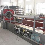 Mangueiras onduladas do metal flexível que fazem a máquina