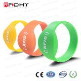 Wristband su ordinazione del silicone del braccialetto RFID di stampa NFC di 13.56MHz Ntag 216
