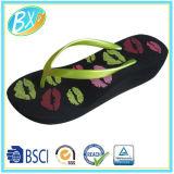 Женщин клин пятки Flip флоп кромки пляжа Slipers печати