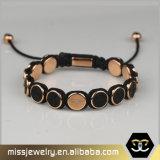 Kundenspezifisches graviertes Tierkreis-Leder bördelt Armband