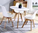 椅子が付いている商業食事の家具MDFの木製のダイニングテーブル