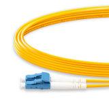 1M LC à LC de l'UPC UPC 2,0MM Duplex Mode unique 9/125 LSZH G657D'un des cordons de raccordement à fibre optique