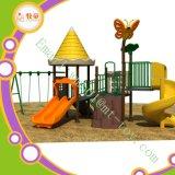 O campo de jogos ao ar livre das crianças do certificado do Ce caçoa o campo de jogos ao ar livre