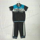 Одежды костюмов спорта мальчика с клобуком в износе Sq-6235 одежд малышей
