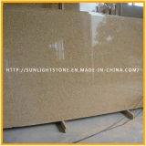 G682 oxidado / granito amarillo telar de granito La mitad de las losas para pavimentación / encimera