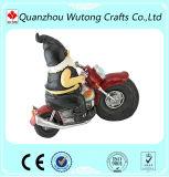 Estátua decorativa dos Gnomes do Figurine do jardim engraçado o mais barato da resina com motocicleta