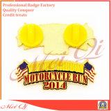 Pin personalizzato del risvolto di alta qualità di vendita diretta della fabbrica con qualsiasi marchio