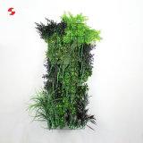 フロント・ポーチのための容易にアセンブルされた人工的な緑の壁の植え付け