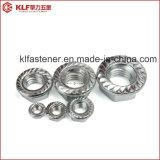 Écrou de blocage dentelé de bride d'acier du carbone (DIN6923)