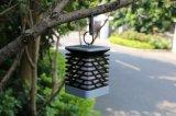 新しい軽いLEDの庭ランプのヤードのテラスの柱の蝋燭をハングさせる屋外の太陽ランタン